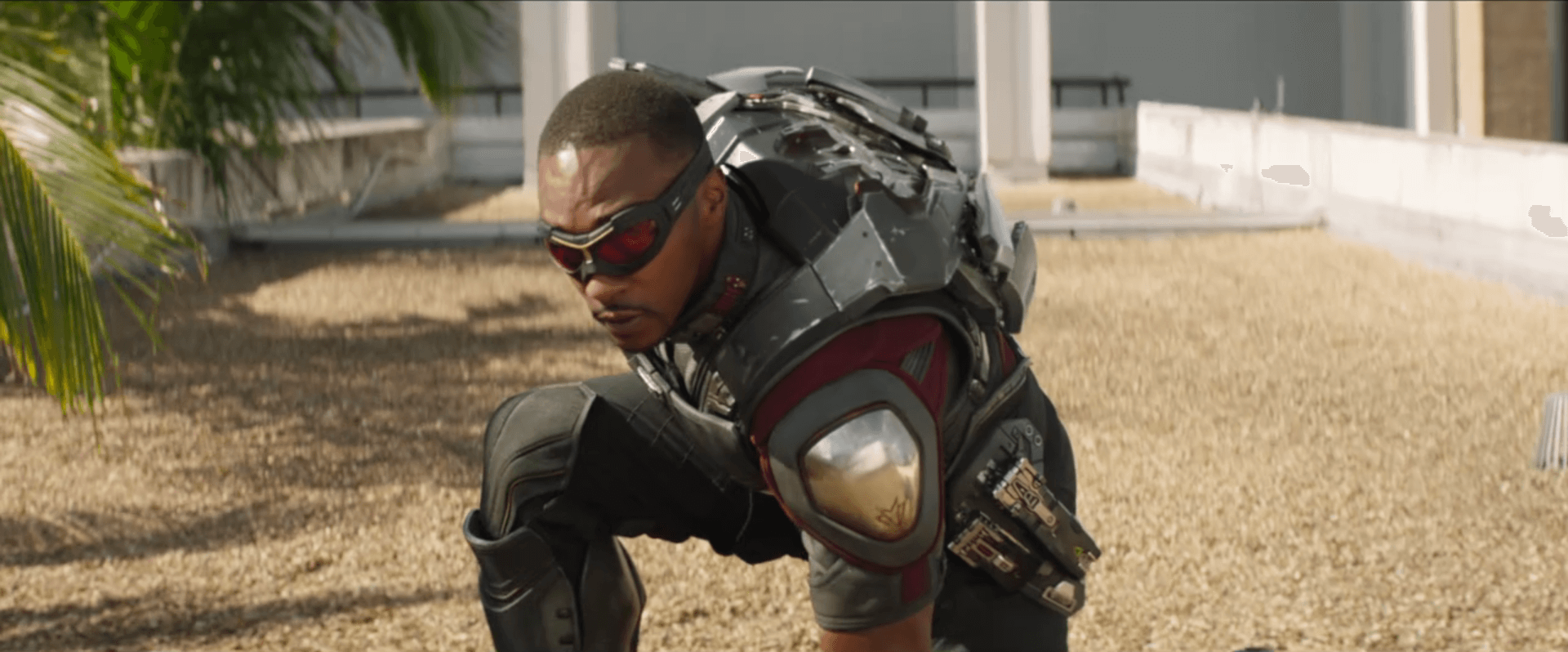 Falcon and Redwing in Captain Amwerica Civil War