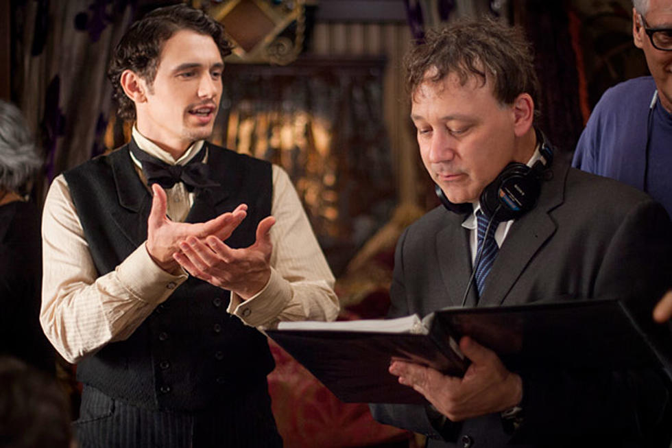 Sam Raimi and James Franco BTS for Oz the Great and Powerful
