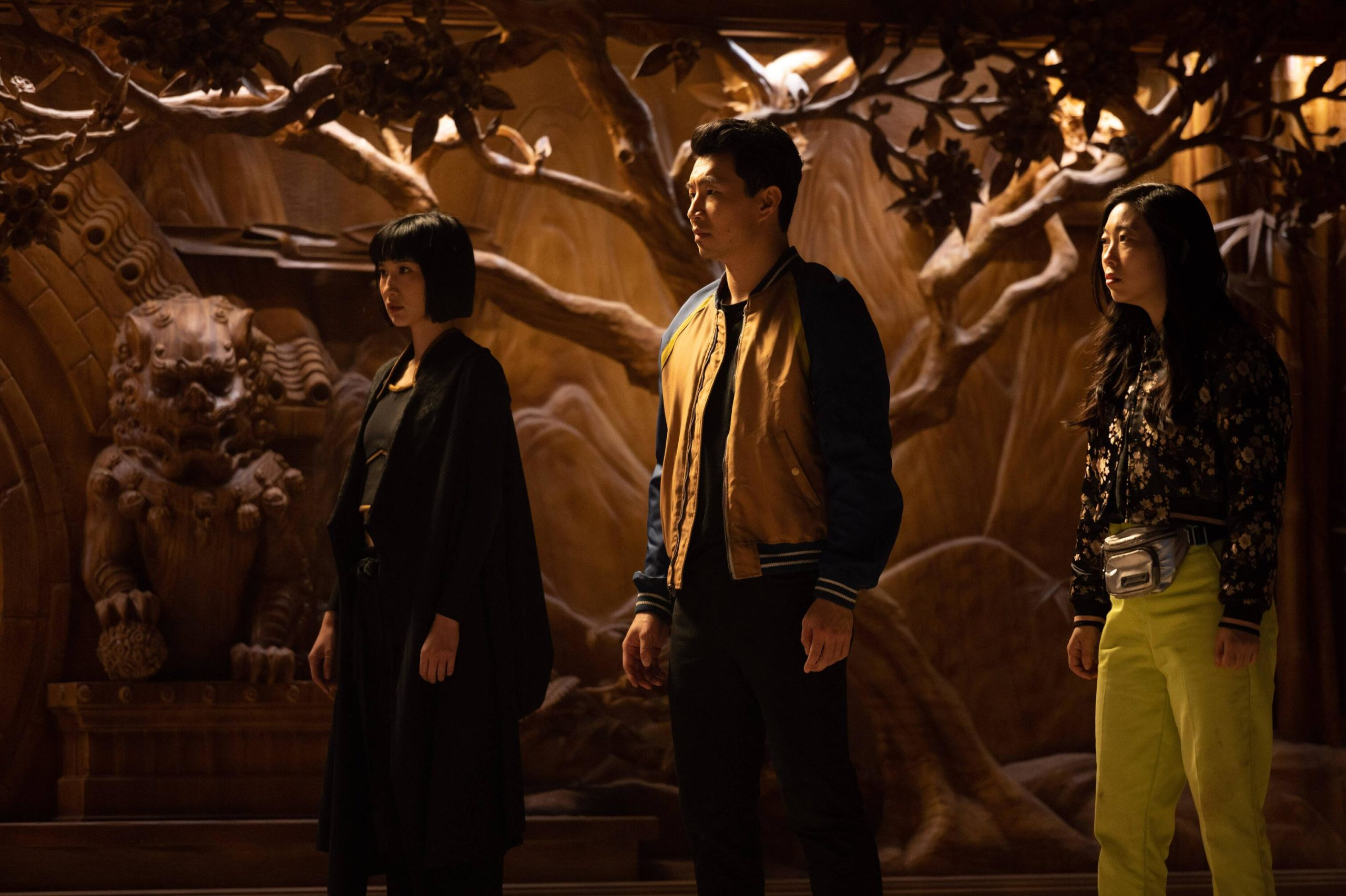 (L-R): Xialing (Meng'er Zhang), Shang-Chi (Simu Liu) and Katy (Awkwafina) in Marvel Studios' SHANG-CHI AND THE LEGEND OF THE TEN RINGS